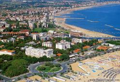 Почивка в Италия, Римини - хотел Vittoria 4**** с полет от София