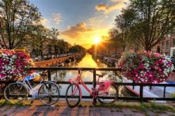 Цветен уикенд в Амстердам с полет от Варна