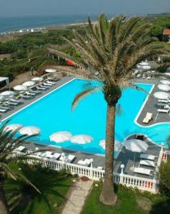 Почивка в Италия, Кампания - Domizia Palace Hotel 4* Standard, полет от София